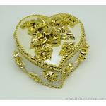 กล่องเก็บเครื่องประดับ หัวใจ ยาว 4 นิ้ว - สีครีม/ทอง [HE18011-Cre.G]