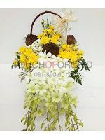 กระเช้าดอกไม้ Sweet White