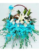 กระเช้าดอกไม้สีฟ้า