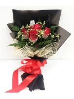 ช่อดอกกุหลาบแดง 5 ดอก