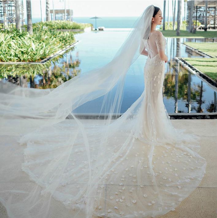 ชุดแต่งงาน แขนสามส่วน ทรงหางปลา