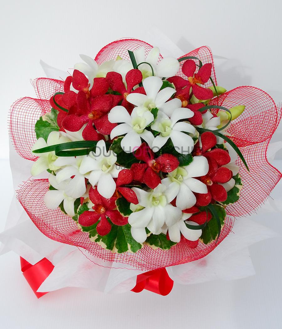 ช่อดอกไม้ Romantic Bouquet