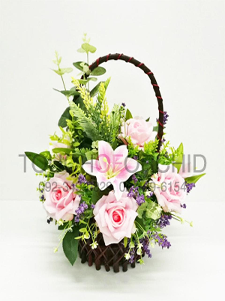 กระเช้าดอกไม้ประดิษฐ์กุหลาบชมพู รหัส 4104