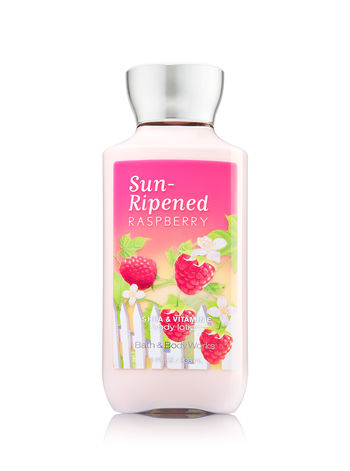 Bath & Body Works SHEA & VITAMIN E body lotion Sun-Ripened Raspberry 8 oz.(236 ml.)บำรุงผิวให้นุ่มมม หอมมม นาน 16 ช.ม.ดีมากๆจากอเมริกาค่ะ