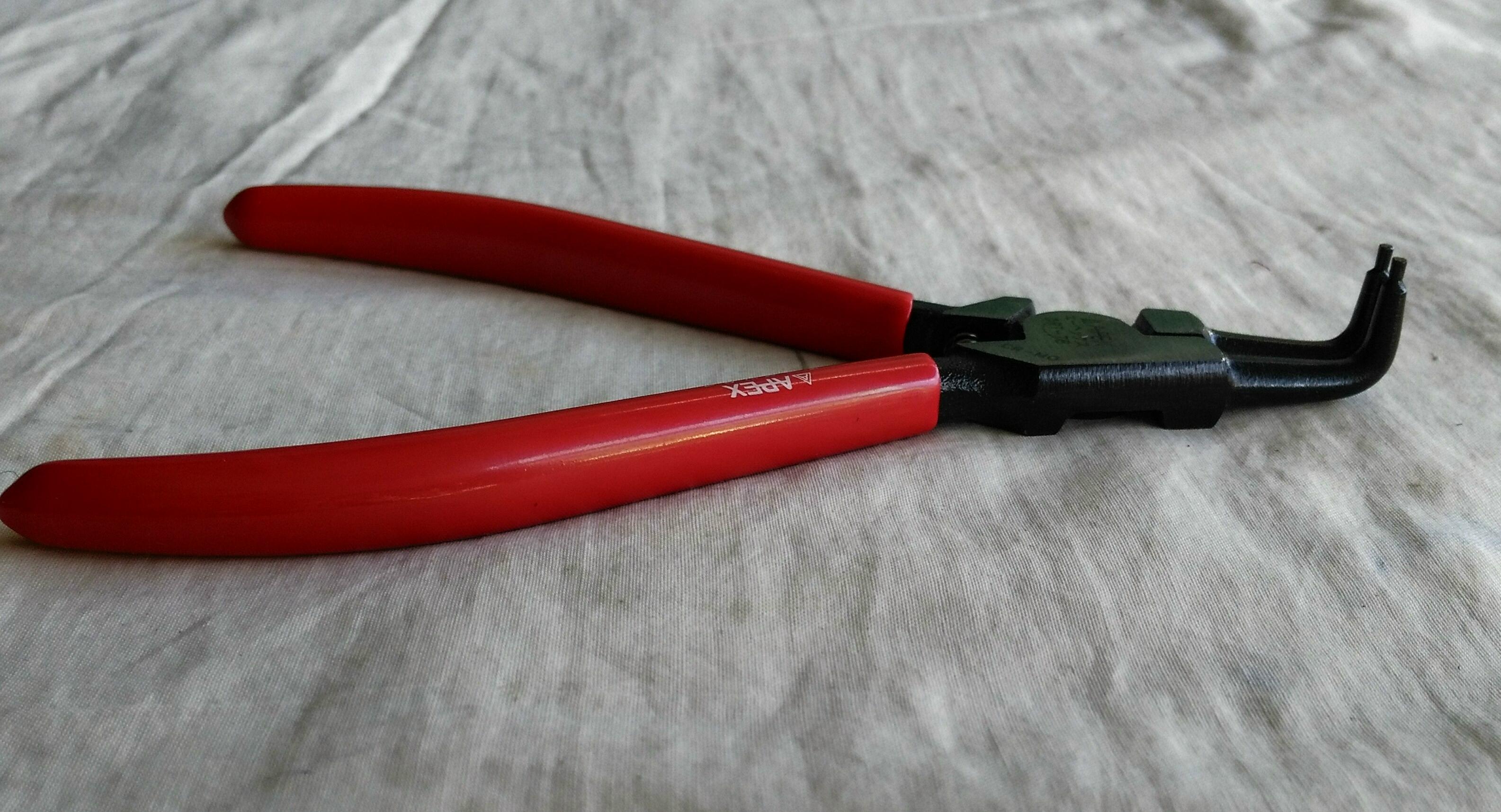 คีมถ่างแหวนปากงอ APEX 7 นิ้ว DRT-7B