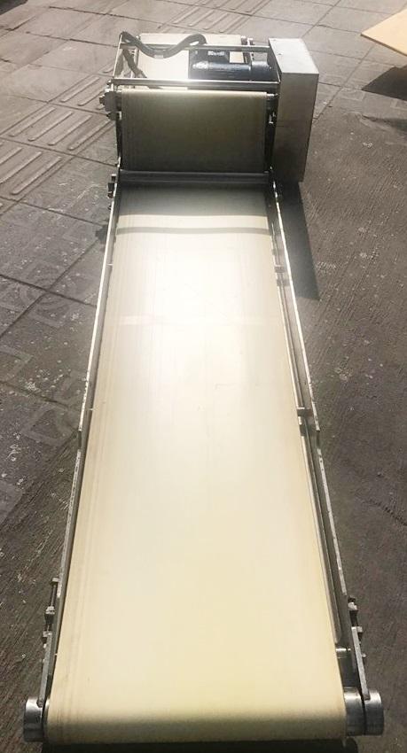 สายพานลำเลียง Conveyor กว้าง 40 cm, ยาว 260 cm