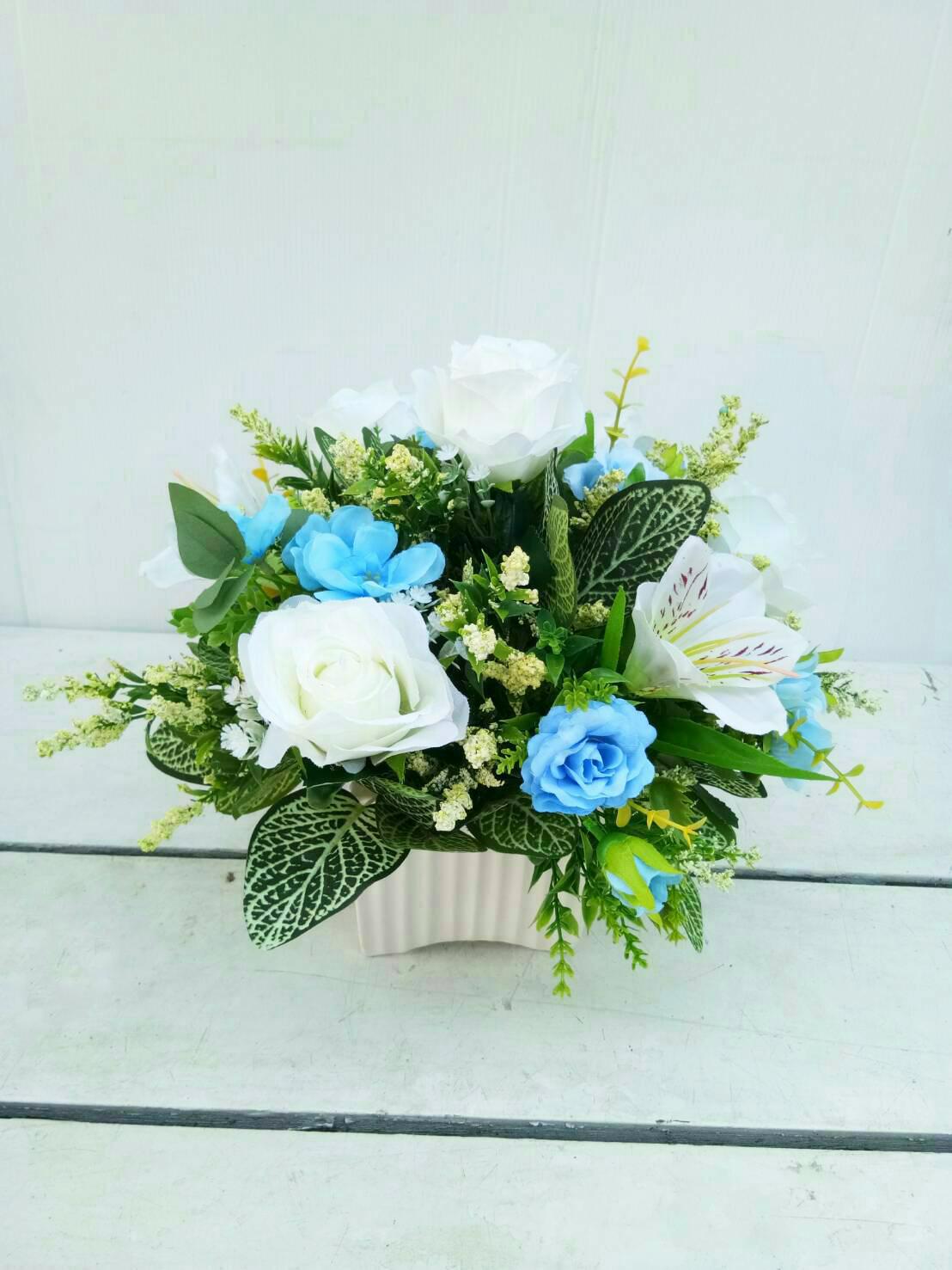 แจกันดอกไม้ประดิษฐ์โทนฟ้าขาว รหัส 4018
