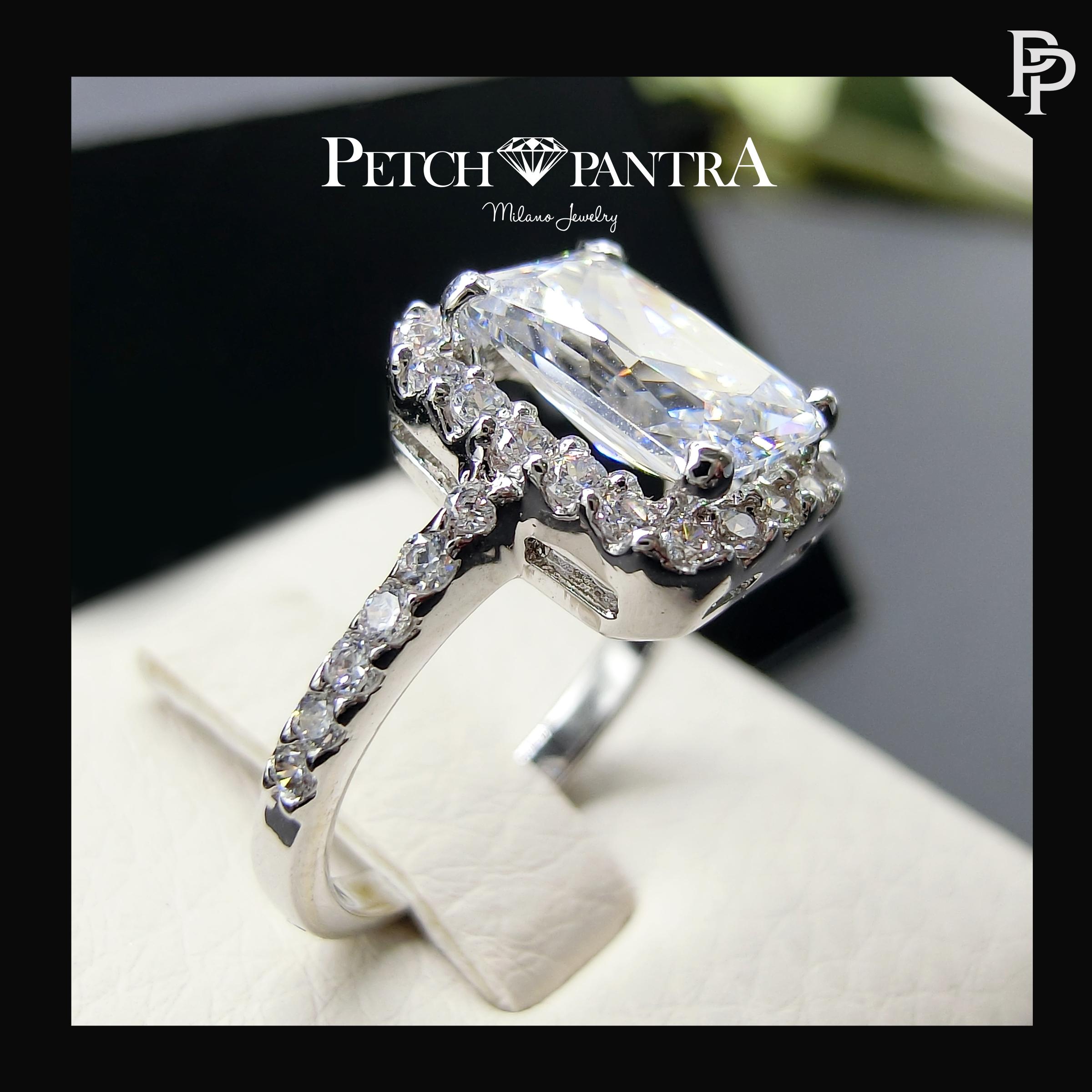 แหวนเพชรCZ แหวนเพชรเม็ดเดียวล้อมเตย สำเนา