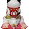 แมวกวัก แมวนำโชค สูง7นิ้ว ยืนบนเต่า และอุ้มตุ๊กตาดารุมะ [3012]