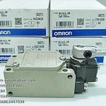 LIMIT SWITCH ยี่ห้อ OMRON รุ่น WLCA2-2N (New)