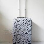 กระเป๋าเดินทางพีซี ไซส์ 20 นิ้ว ลายหมาน้อยขาวดำ 4 ล้อลาก
