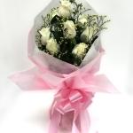 ช่อดอกไม้ กุหลาบขาว 9 ดอก รหัส 1055
