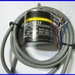 เอ็นโค้ดเดอร์ โรตารี่เอ็นโค้ดเดอร์ อินครีดเม้นเอ็นโค้ดเดอร์ Omron rotary encoder E6B2-CWZ1X 5VDC 2000P/R 2M incremental encoder