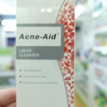 Acne-aid cleanser 100ml แดง