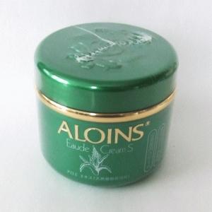 ALOINS Eaude Cream S ครีมว่านหางจรเข้สกัด 100% กระปุกใหญ่ 185 g. ใช้ดีมากๆ ผิวนุ่ม ลื่น ชุ่มชื่นมากๆค่ะ