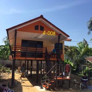 4-008 บ้านน็อคดาวน์ - บ้านหลังใหญ่ - ทรงจั่ว