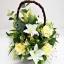 กระเช้าดอกไม้ประดิษฐ์กุหลาบเหลือง-ลิลลี่ขาว รหัส 4103