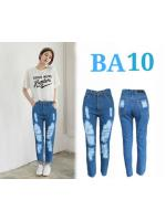 กางเกงยีนส์เอวสูงทรงบอยเฟรนด์ ฟอกสีฟ้ากลางขาดหน้าขา ผ้าไม่ยืด มี SIZE S,M,L,XL