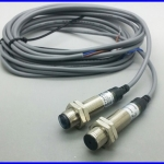 เลเซอร์เซนเซอร์ Laser sensor laser photoelectric switch M12 NPN/PNP Correlation of type of precision