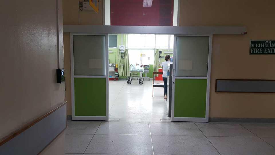 ประตู-auto-door-เปิดด้วยเครื่องทาบบัตร-C200