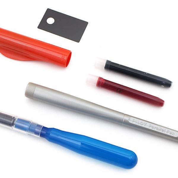 รูปภาพสินค้า ปากกาอักษรประดิษฐ์ Pilot Parallel Pen